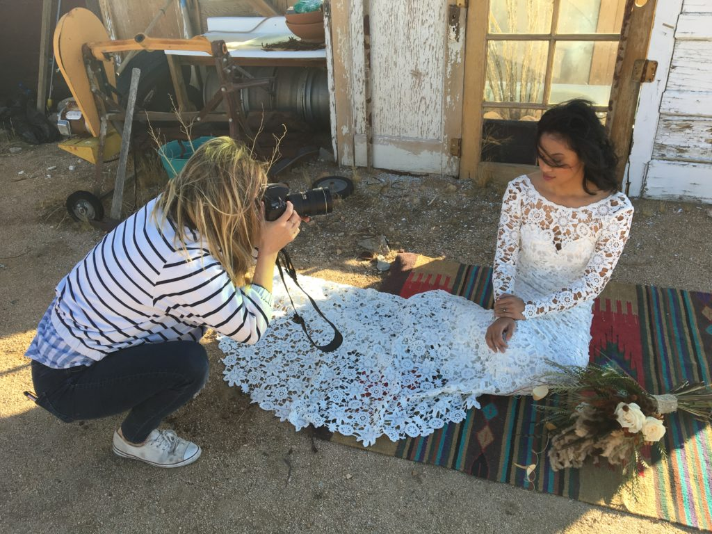 Photoshoot with bohemian bride in Joshua Tree