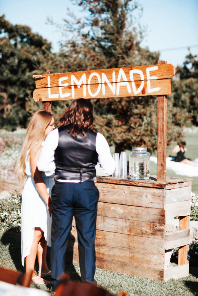 lemonade stand bar at limoneira ranch