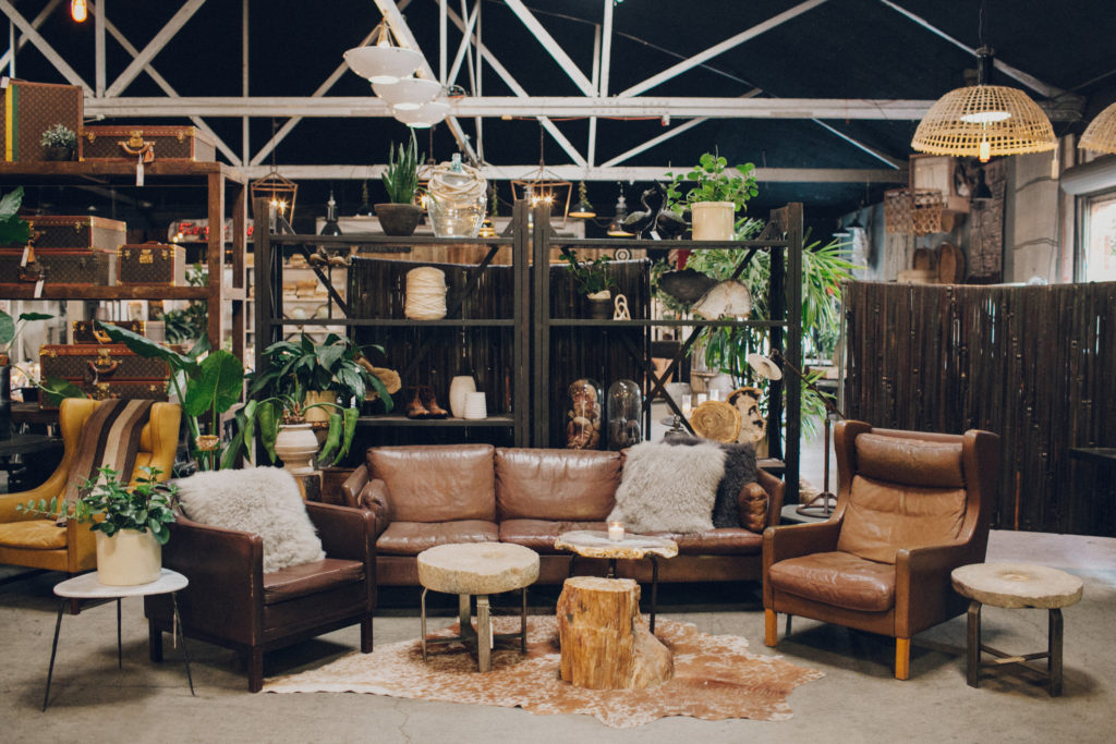 vintage eclectic lounge set up at big daddy's antiques for wedding