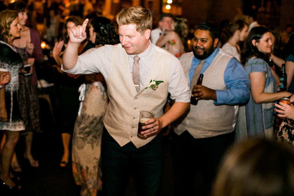 groom dance moves