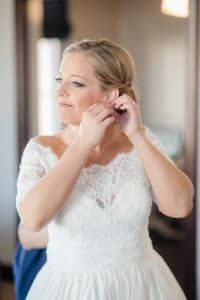 Bride getting ready at Palihouse in Santa Monica