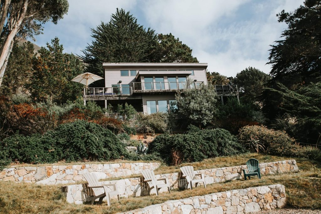 An intimate wedding  venue in Big Sur, California that is perfect for elopements or small weddings.