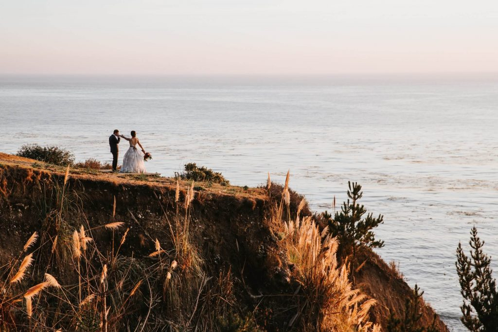 Cliffside beach wedding in Big Sur, California and Wind and Sea Estate venue