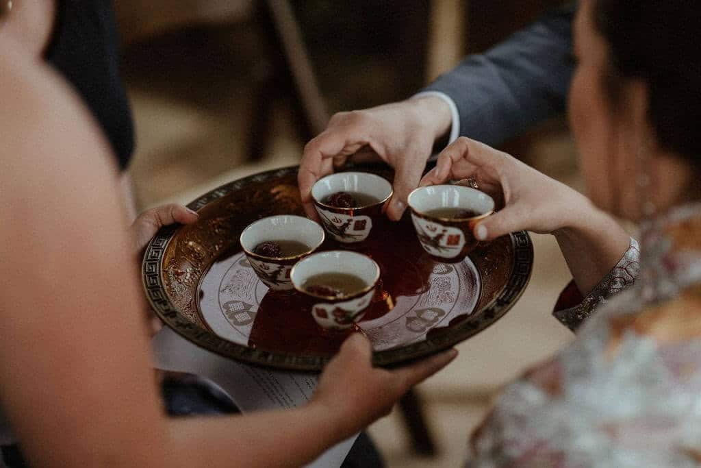 A modern Chinese wedding tea ceremony in the desert.