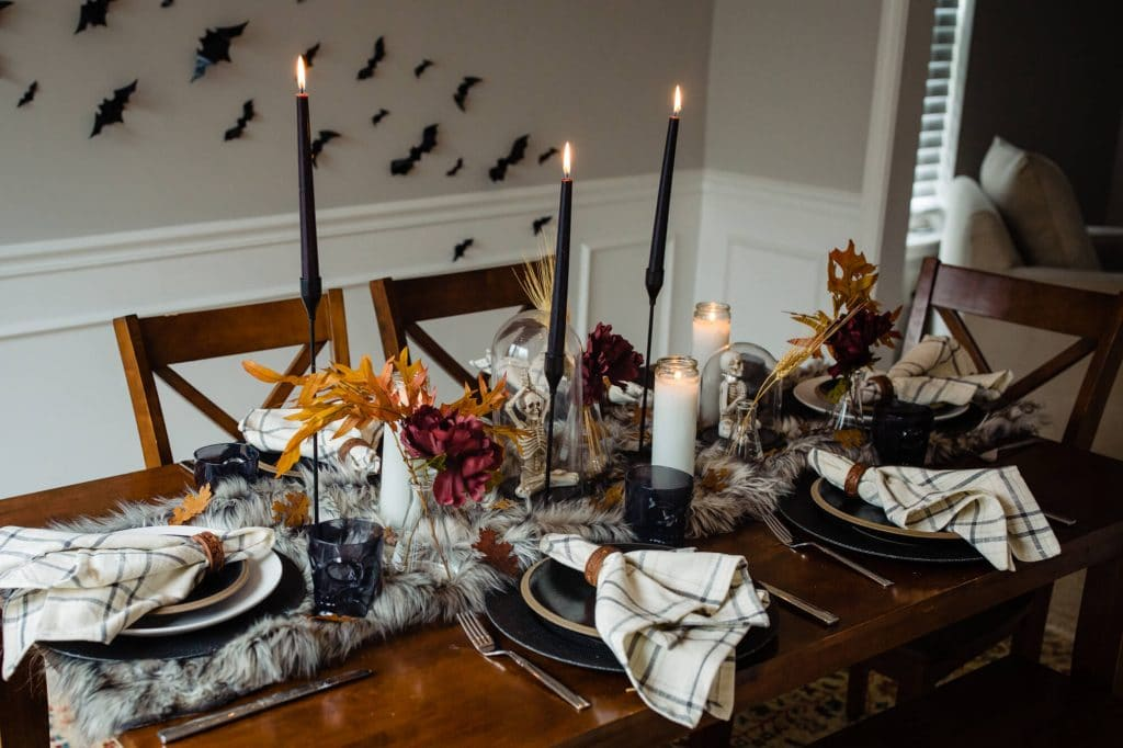 Fall and halloween table decorations