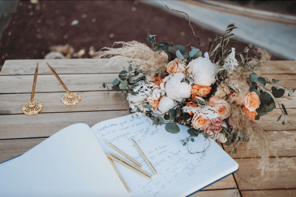 Notebook guest book with boho bouquet and gold pens